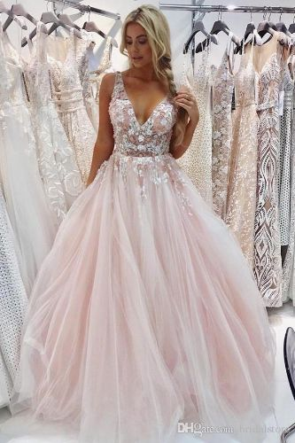 Beautiful Pink Backless Prom Dresses With Beaded Flower Gorgeous Evening Ceremony Dresses Plus Size Tulle Formal Graduation Gowns For Women