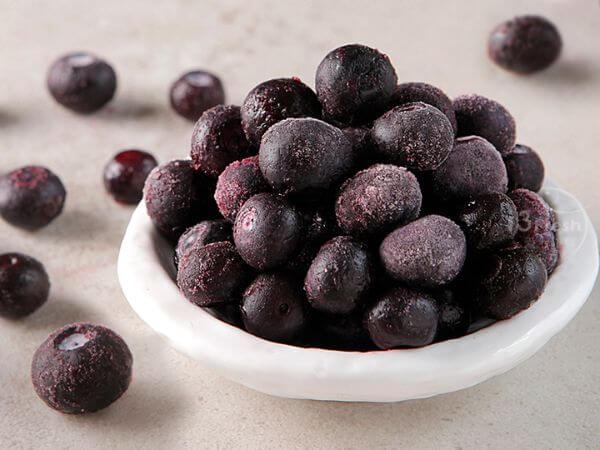 Frozen King Blueberries