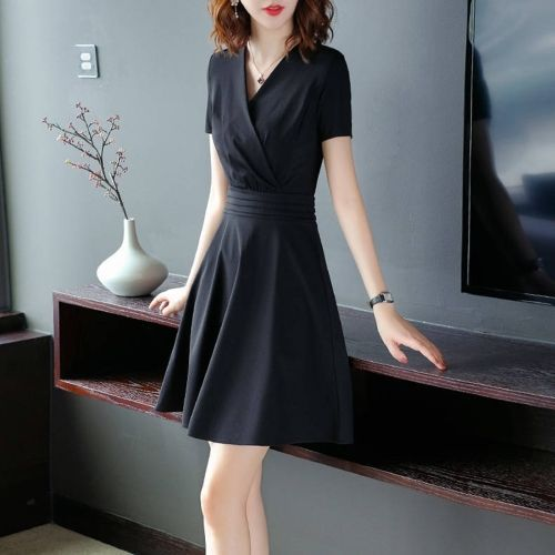 V-neck Short Sleeve Mid Length Slim Elegant Dress