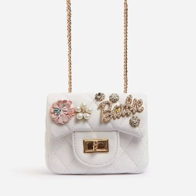 Gomez Logo Detail Quilted Crossbody Bag In White Faux Leather