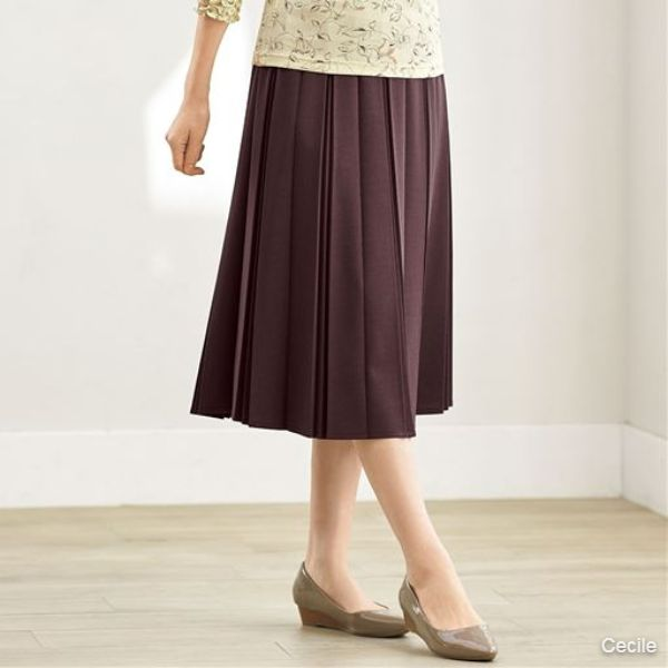 Cut-and-sew pleated skirt (waist full elastic, washing machine OK)