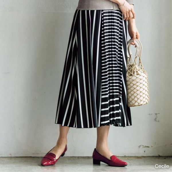 Switching pleated skirt