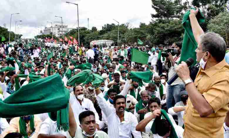 farmers protesting on bills but modi government not ready to listen them