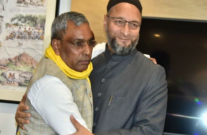 AIMIM Chief Asaduddin owaisi meets small parties for up state election 2022