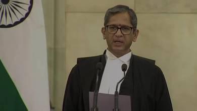 Photo of जस्टिस एन वी रमना बने देश के नए मुख्य न्यायाधीश, राष्ट्रपति ने दिलाई शपथ