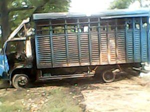 A charred police vehicle in Ambedkar Nagar's Bhiti block