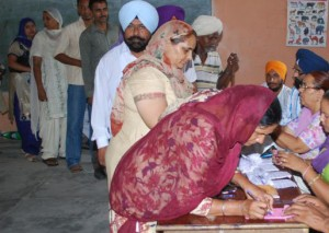 15-01-15 Sampaadakiya - GP Elections Women (web)