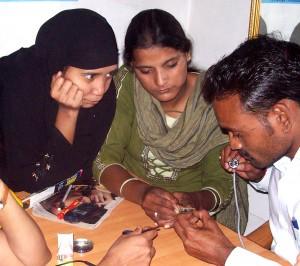12-02-15 Kshetriya Barabanki - Mobile Repair Girls for web