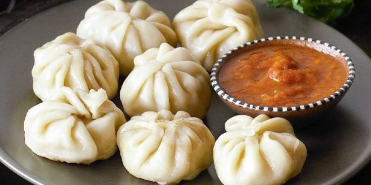 Chinese Khana who are also very popular among Indians - ख़बर लाज़मी