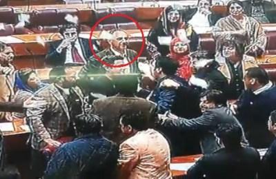 Omar Ayub, Ten percent, PTI, PPP, National Assembly, NA, Asif Zardari, Asif Ali Zardari