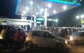 Karachi, petrol shortage, citizens, CNG