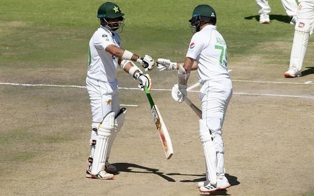 Zim vs Pak | Alis puts Pakistan in strong position
