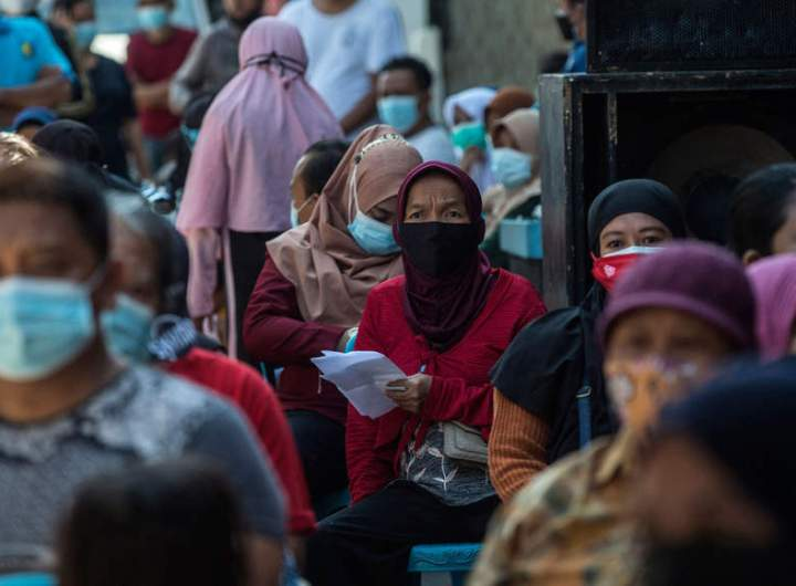 Virus-wracked Indonesia to loosen Covid-19 curbs