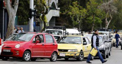 أزمة الوقود في سوريا .. وشلل في وسائل النقل العامة