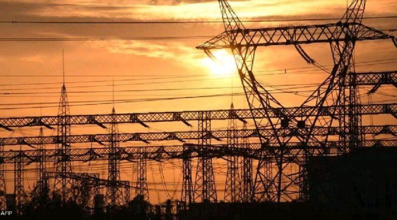 العراق يغرق في ظلام دامس والكاظمي يأمر بالتحقيق في سبب انقطاع الكهرباء