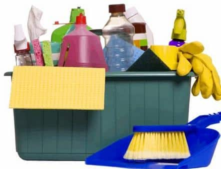 معدات التنظيف في شركة تنظيف منازل بالطائف