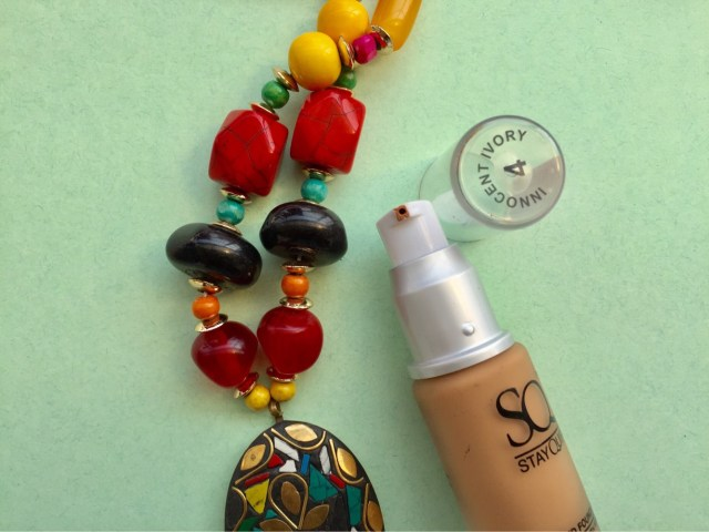 stay quirky liquid foundation review and swatches, khadija beauty