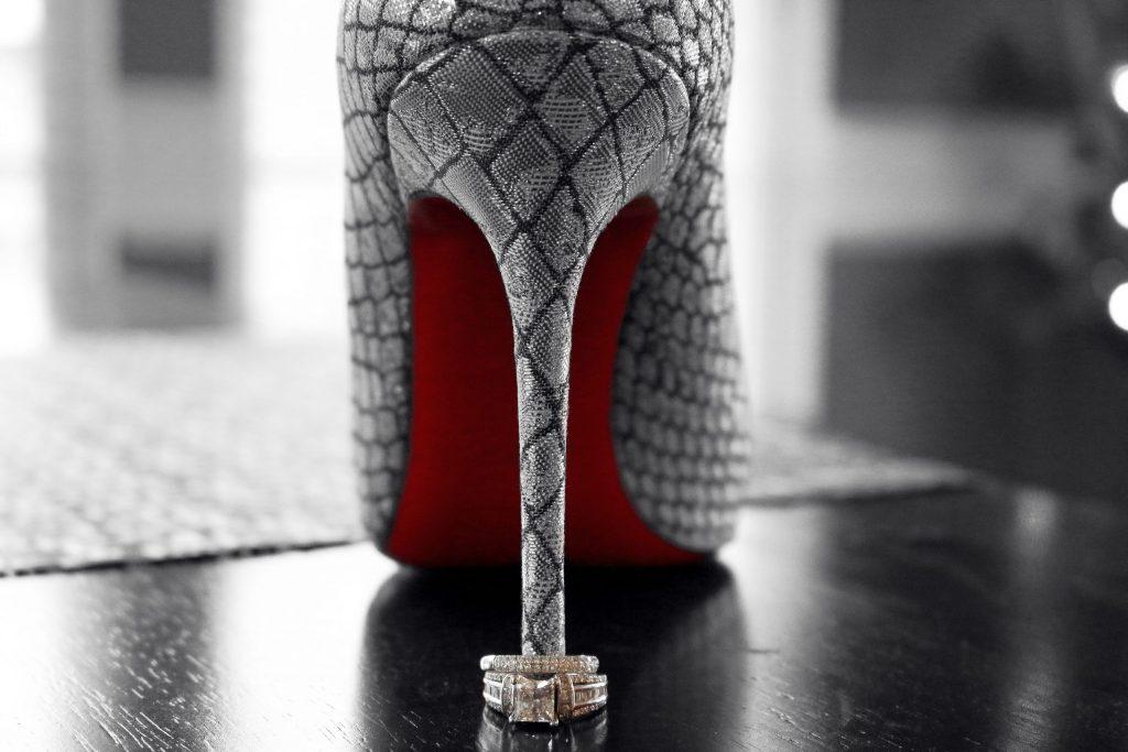 ShoeRing2_BW