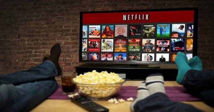 Netflix Peak Viewership Time between 2am to 5am