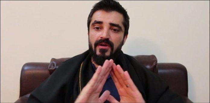 Hamza Ali Abbasi Leaves Showbiz
