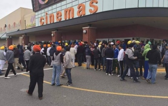 Nanak Shah Fakir film still being screened in Surrey, Sikhs demonstrate outside Strawberry Hills Cinemas