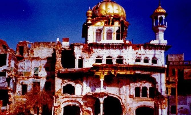 6 June 1984 - The Army thank Cannon fire demolishes the Akall Takhat and kills those inside