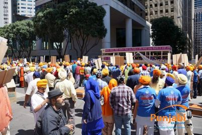 Pictures & Videos London - Thousands of Sikhs march to remember Amritsar temple attack (14)