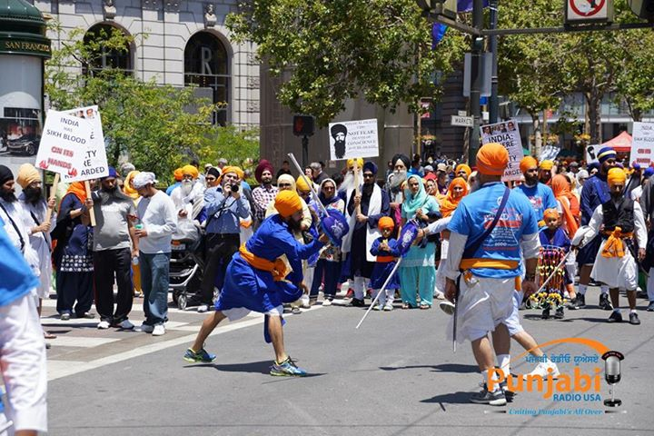 Pictures & Videos London - Thousands of Sikhs march to remember Amritsar temple attack (35)