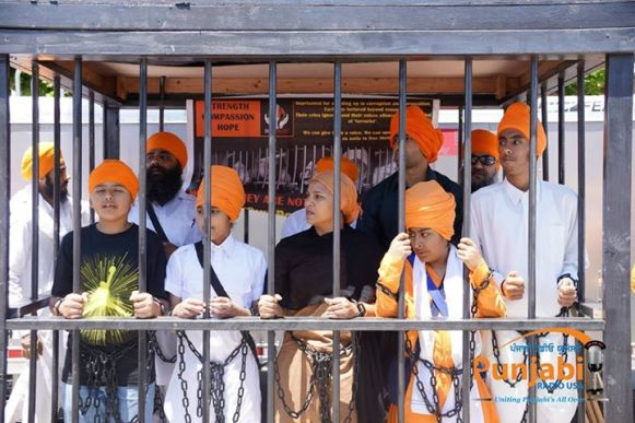 Pictures & Videos London - Thousands of Sikhs march to remember Amritsar temple attack (43)