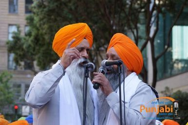 Pictures & Videos London - Thousands of Sikhs march to remember Amritsar temple attack (7)