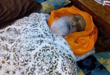Heavy police force deployed outside Hassanpur to detain Bapu Surat Singh Khalsa.