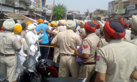 Police Desists Sikhs Holding March Planned from Ajnala to Akal Takht in Support of Bapu Surat Singh Khalsa 5