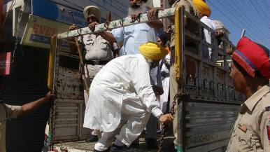Today police arrested prof.Mohinder pal singh General secratry SADA 6