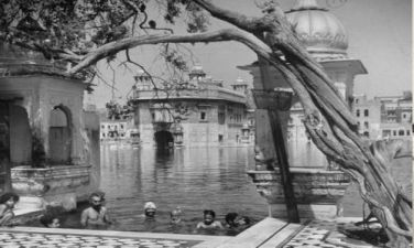 Rare Pictures of Sri Harmandir Sahib Ji (11)
