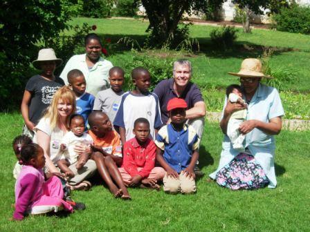 Em Chaz with KL kids 2006