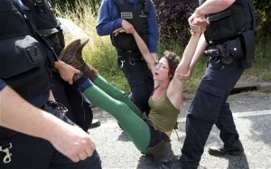 fracking-police-ar_2628728c