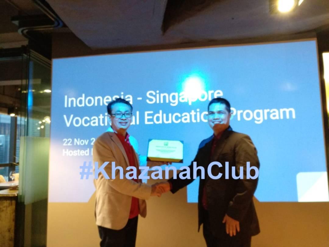 Bersosialisasi Antara Universitas Indonesia & Khazanah Internasional