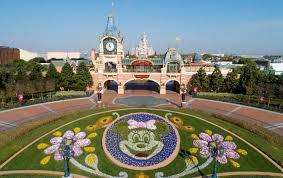 Kasus India melonjak, taman Disney Shanghai dibuka kembali