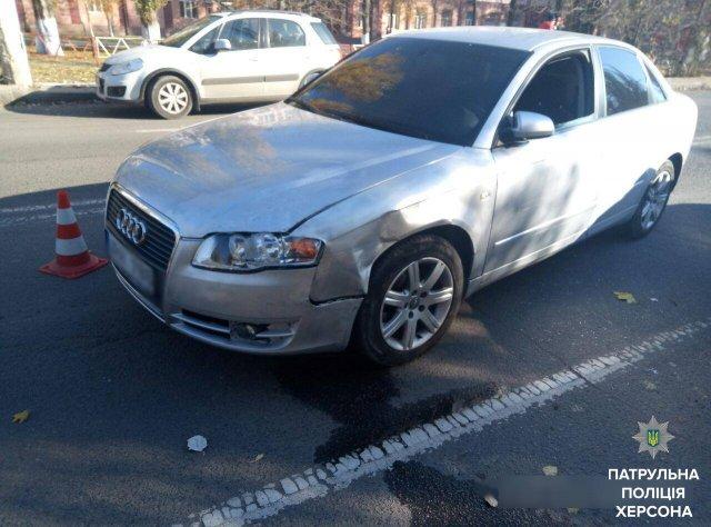 Водитель, повредивший три авто в центре Херсона, спал за рулем, - патрульная полиция