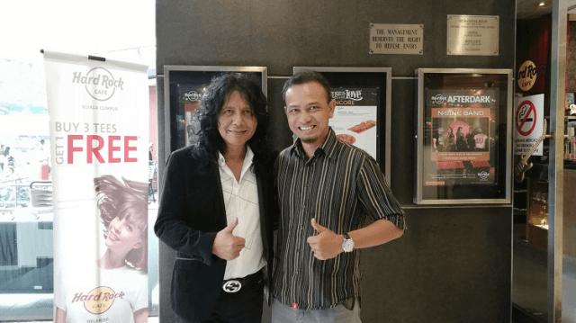 Bersama Man Kidal, Lefthanded di Hard Rock Cafe Kuala Lumpur, Khir Khalid - Digital Marketer.
