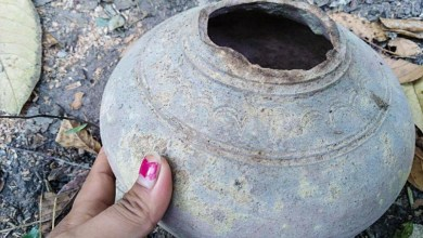 Photo of Angkor-era pot discovered in Siem Reap