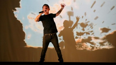 Photo of praCh Ly performs 'Dalama,' perhaps for the last time