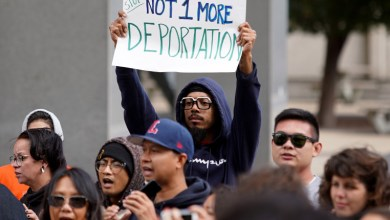 Photo of Protesters rally against deporting Cambodians with past convictions