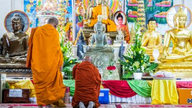 Photo of Wat Willow Buddhist temple tentatively reopens without monks as protests continue