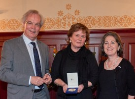 Patricia Faasse wint Boerhaave Biografie Prijs