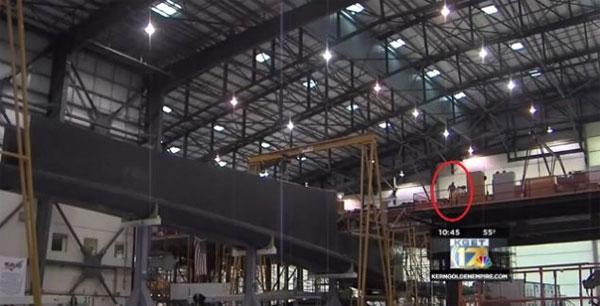 Cận cảnh máy bay lớn nhất thế giới dùng để phóng vệ tinh