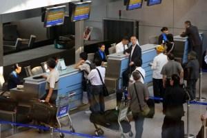Hướng dẫn các bước làm thủ tục check in tại sân bay