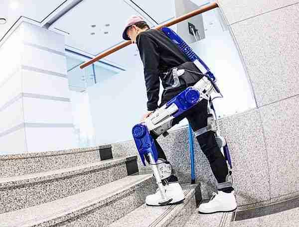 Giyilebilir_robot-dış_iskelet-hyundai-robot-parnasonic