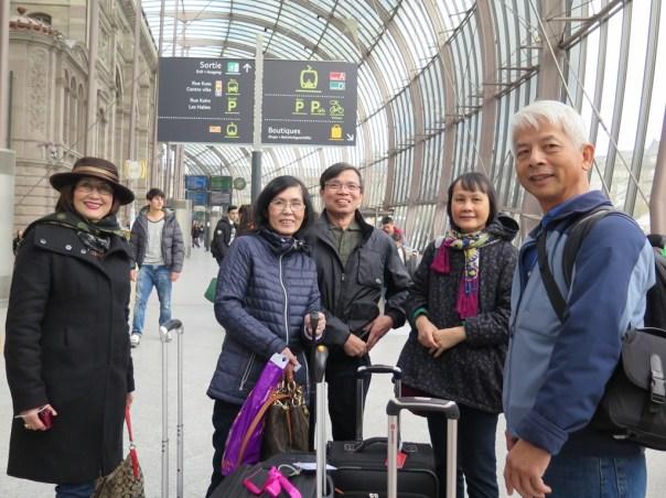 Gare de Strasbourg - Nguyet, DaMinh, Luan, Mai, NDHoang
