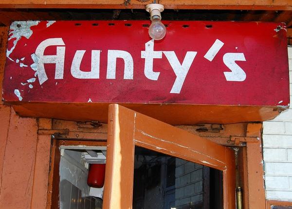 Aunty'shimla-khurki.net